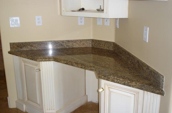 Corner granite countertop